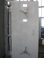 Двери защитные и герметичные
